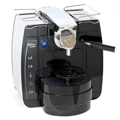 ekspresy do kawy na kapsułki lub saszetki